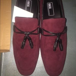Men loafers In burgundy size 10